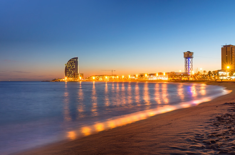 barcelona beach night